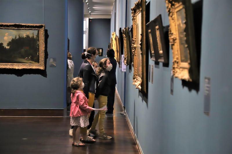 Musée des Beaux-arts - famille - masques