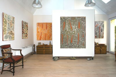 Aboriginal Signature Estrangin gallery - Exhibition view - Papunya Tula artists